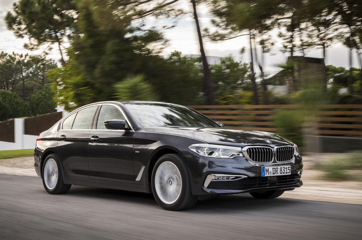 BMW, 520i 럭셔리 사전계약 실시